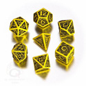 CELTIC 3D DICE SET (7) YELLOW AND BLACK